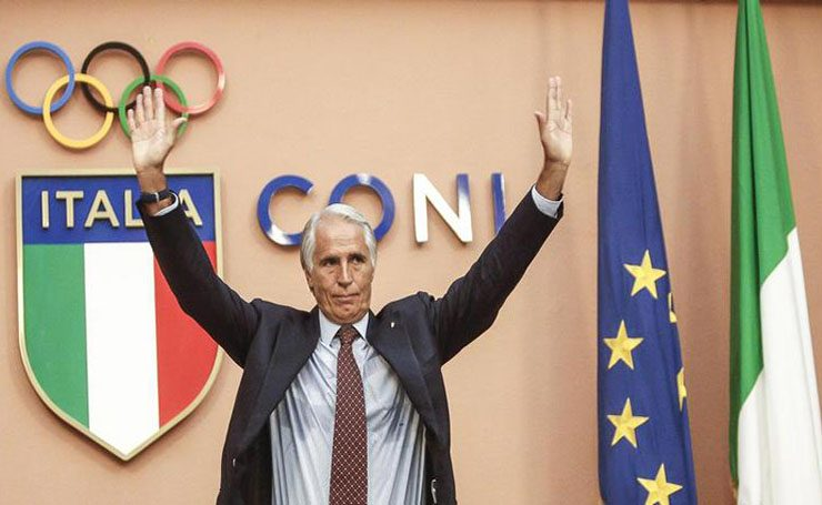 Italian Olympic Committee (CONI) President Giovanni Malagò (C) holds a press conference in Rome, Italy, 21 September 2016, following the announcement of Rome's Mayor Virginia Raggi to drop the bid to host the Olympic Games in 2024. ANSA/GIUSEPPE LAMI